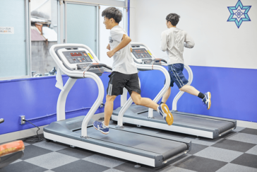 運動部員の体力作りにトレーニングジムは大活躍!